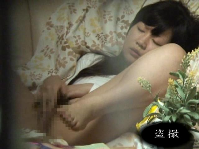 「永久保存版!!一人暮らしの女の私生活オナニー映像 8時間」-006