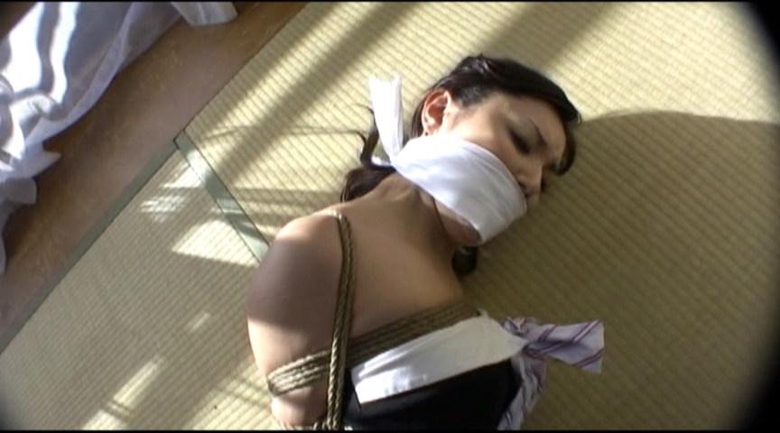 「DID~囚われ危機に陥るマゾ女~」-002